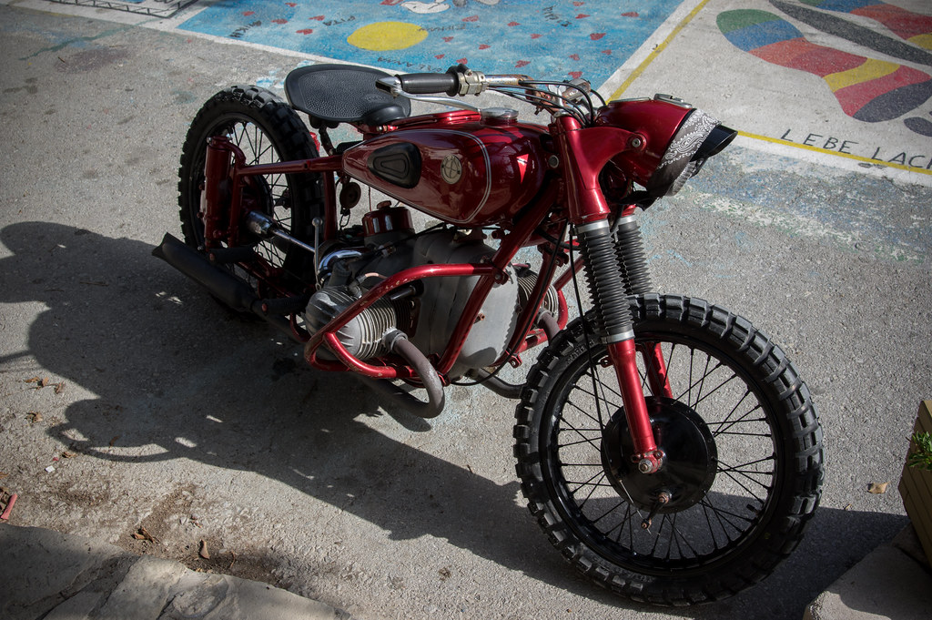 Kreta - Matala - old BMW - Beggar - Scrambler