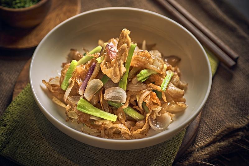Stir Fried Pork Collar with Scallions 三葱猪颈肉
