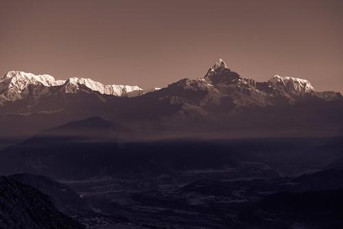 nepal pokhara annapurnarange annapurna machhapuchharepokharawesternregionnepal himalayas sunrise sarankot