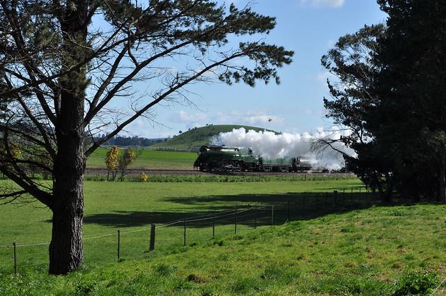 Smoke drift and drone photo bombing at Werai