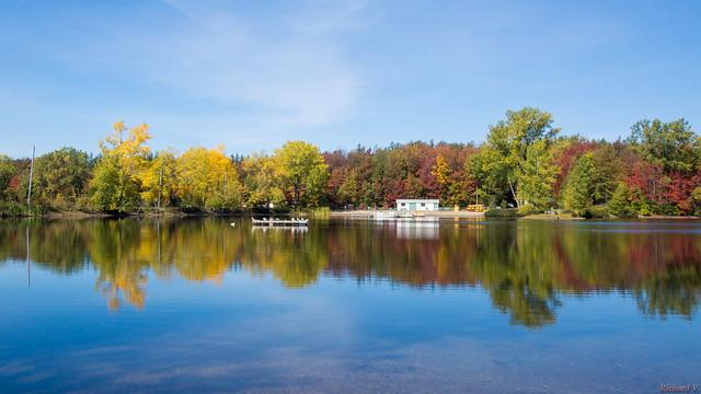 Automne, autumn - Base de Plein Air de Ste-Foy - Québec, Canada - 9403