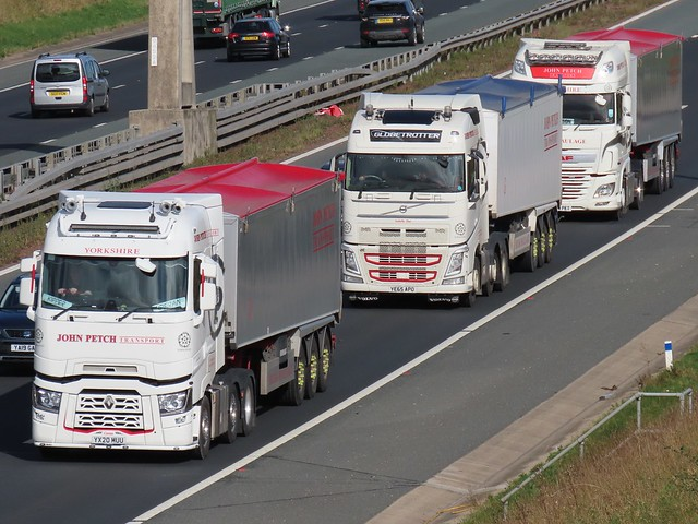 John Petch Transport, Renault, Volvo & DAF (Bulk Haulage) On The A1M Southbound
