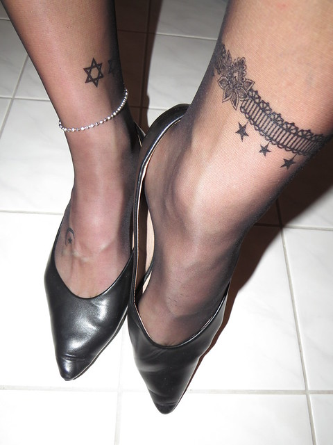 my well worn leather pointy low heels - close up session