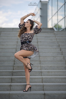 Dancing On the Stairs | by https://lucasantorophotography.com