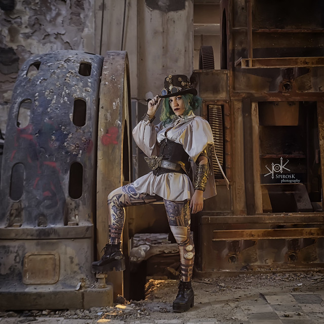 Ailiroy in Steampunk Green, by SpirosK photography (I: In the factory)