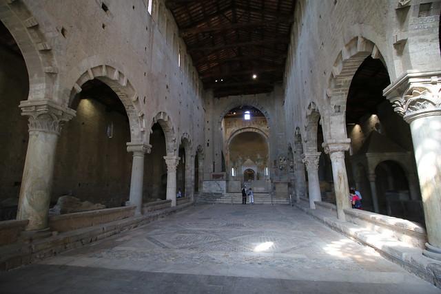 San Pietro - interno