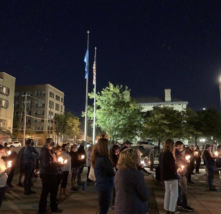 Delawareans honor Ruth Bader Ginsburg at Wilmington vigil