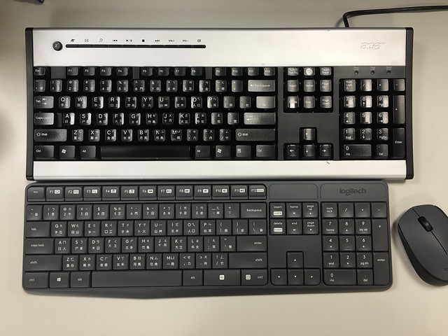 跟 acer 鍵盤排排站@羅技logitech MK235無線鍵鼠組+HP GK200