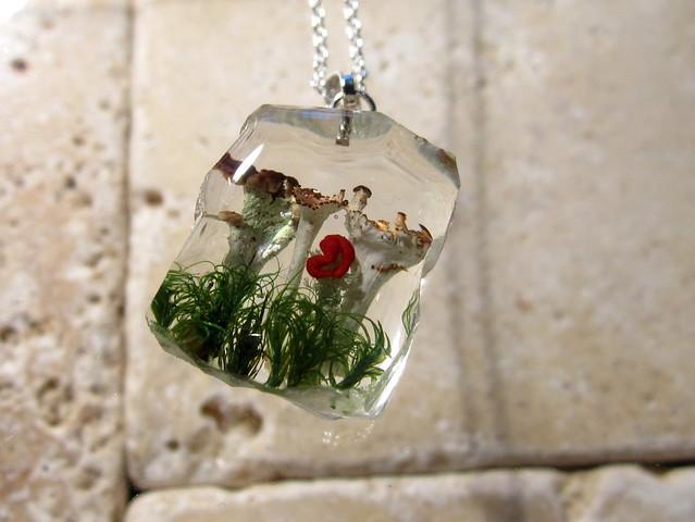Pixie cup and British soldier lichen necklace