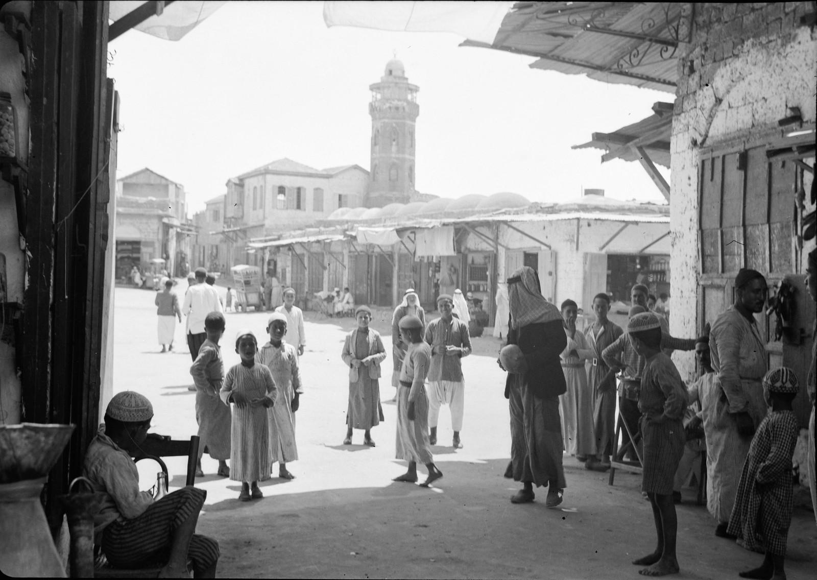 03. Рынок Аль-Мадждаля с городской мечетью