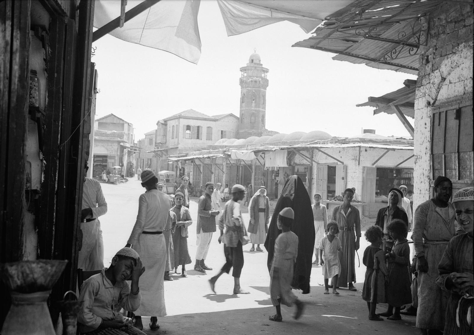 02. Рынок Аль-Мадждаля с городской мечетью