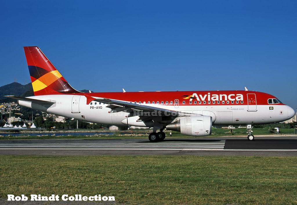 Avianca Brasil A319-115 PR-AYD