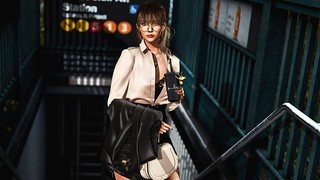 LOTD #1051: MORNING COMMUTE | by Carolina Sautereau | Kirin Poses & Props