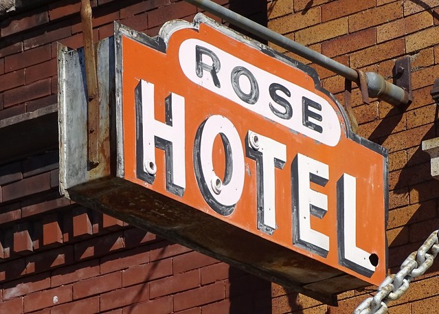 WI, Superior-U.S. 2(BYP) Rose Hotel Ghost Neon Sign