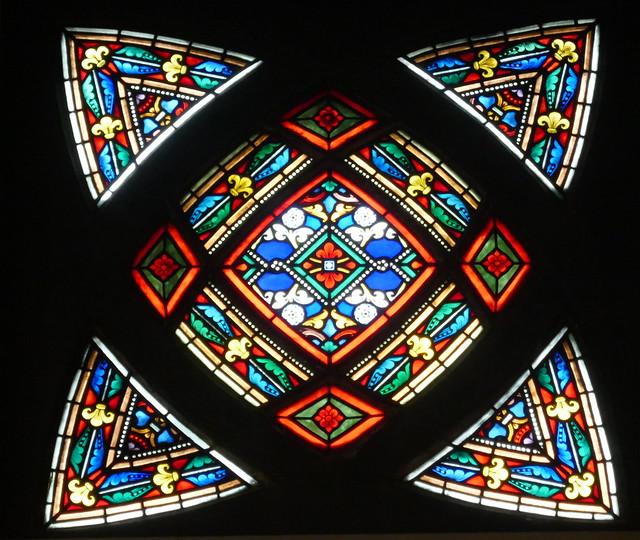 Vitrail, église St Jean l'Évangéliste, 1894-1904, place des Abbesses, Montmartre-Clignancourt, Paris, XVIIIe arr., France.