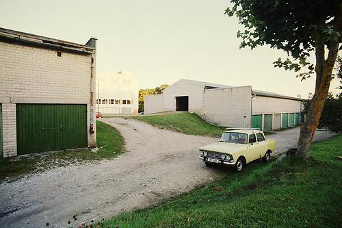 0221_Urban_landscape_Car_Tokina17-F3.5