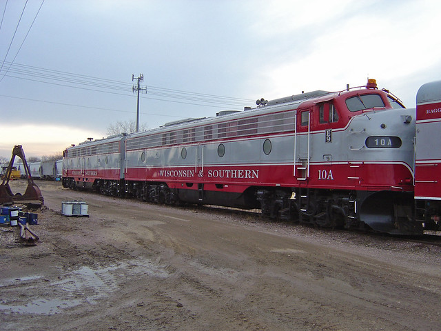WSOR's E-units in the Madison yard, coupled to the business train