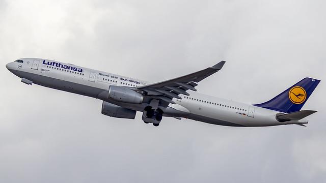 Lufthansa Airbus A330-300 D-AIKB