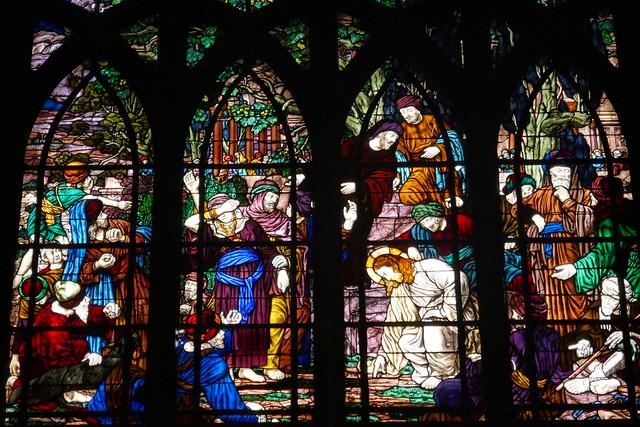 Vitrail de la Femme adultère, église St Jean l'Évangéliste, 1894-1904, place des Abbesses, Montmartre-Clignancourt, Paris, XVIIIe arr., France.