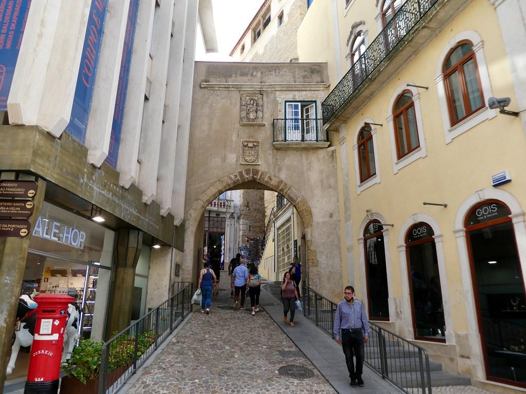 Torre de Almedina archway, Coimbra