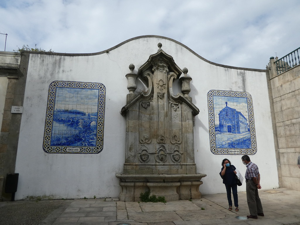 Azulejos outside the Vila do Monde Market Hall