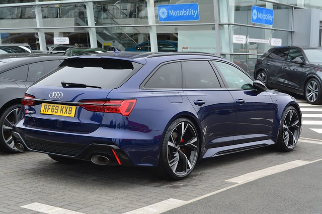 Audi RS 6 Avant Launch Edition