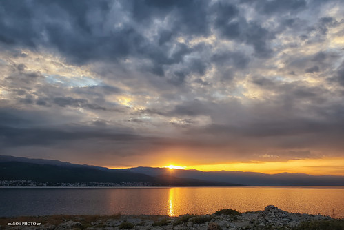 sun sunrise dawn sea reflection sky clouds adriatic croatia hrvatska europe canon seaspace landspace
