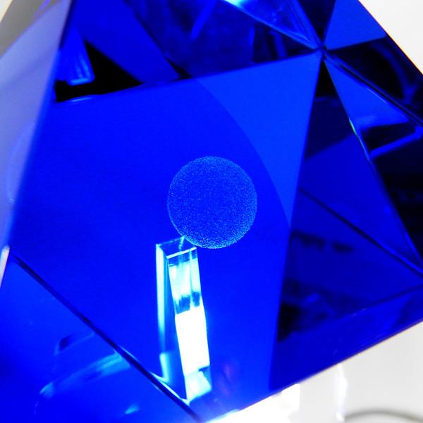《福音戰士新劇場版》聯手大正硝子館 推出「第六使徒 Ver.2」水晶玻璃工藝品!