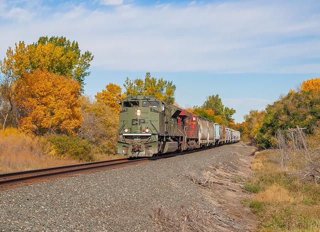 Canadian Pacific CP 7020 (SD70ACU) CP Train:498 Logan, North Dakota