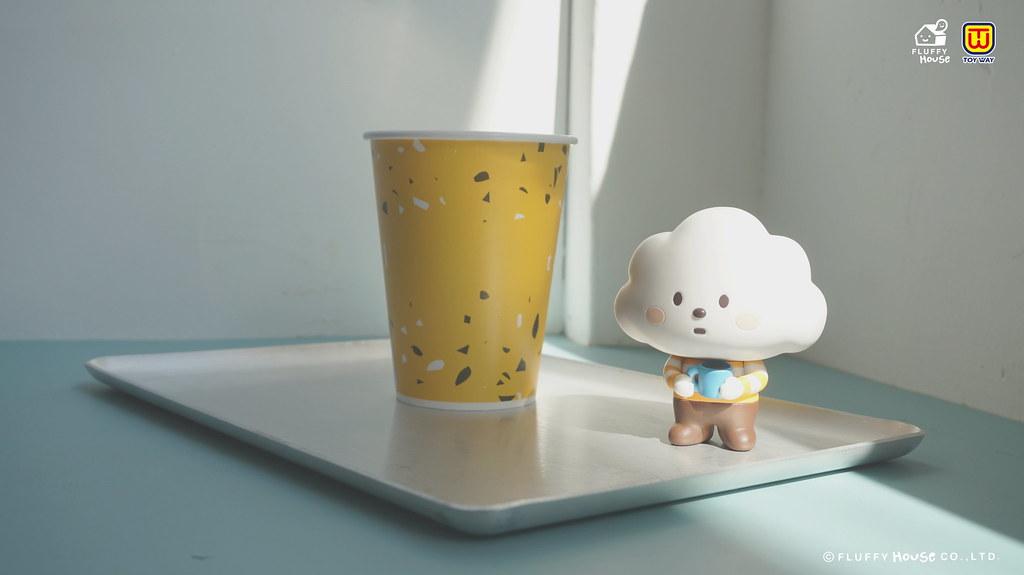 東匯玩具 x Fluffy House 療癒大尺寸「白雲寶寶環保扭蛋」一起逃進白雲寶寶的溫柔裡!