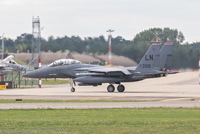 01-2001 - 2001 fiscal McDonnell Douglas F-15E Strike Eagle, preparing for departure on Runway 24 at Lakenheath