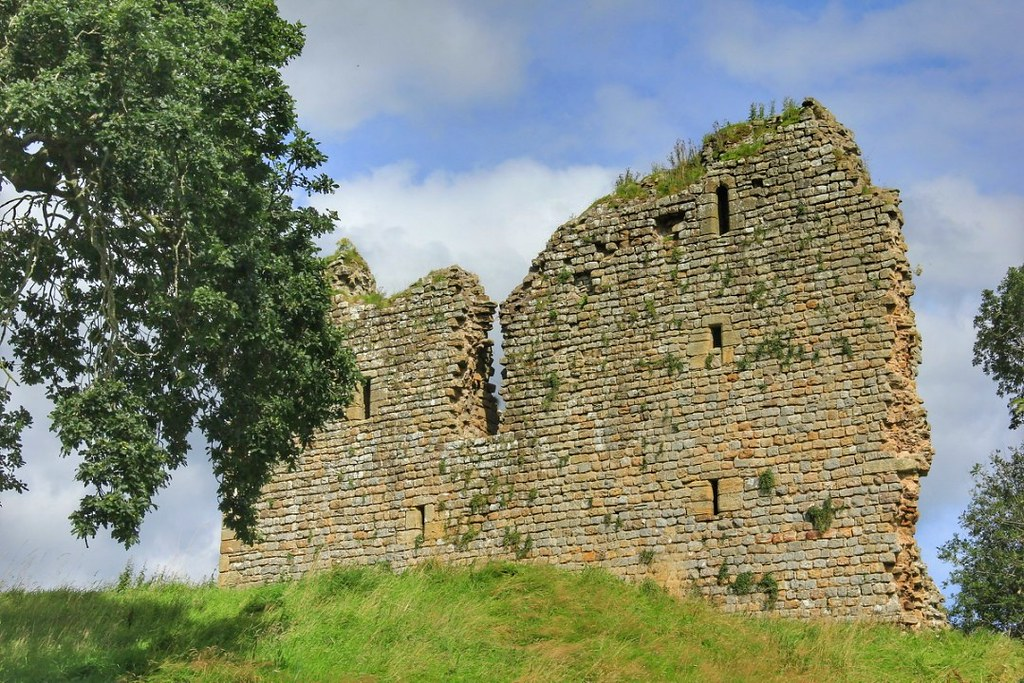 Thirlwall Castle, Hadrian's Wall Path