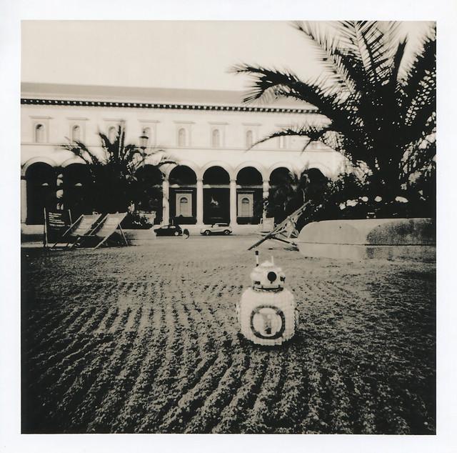 BB-8 - Sandmuster vor der Residenzpost