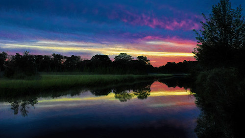 select sunrise canarycreek clouds colors creek reflection mirror wetlands greatmarsh lewes delaware