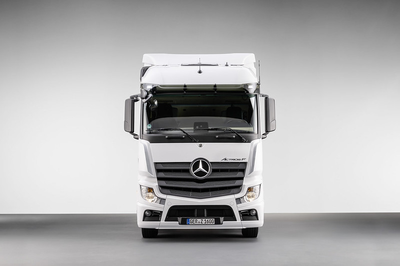 actros f