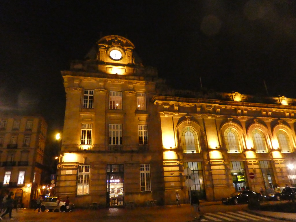 Sao Bento Station, Porto at night