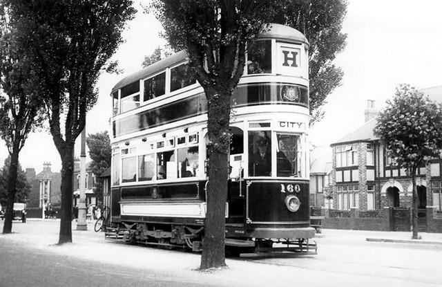 Hull tram No. 160