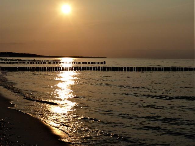 Sonnenuntergang am Strand von Börgerende