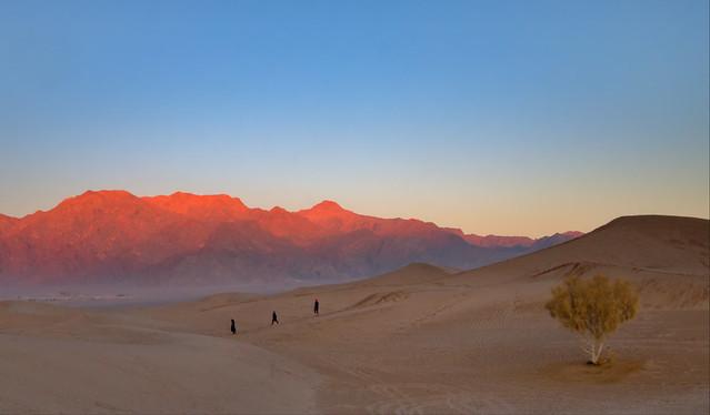 Chasing the last lights of the desert, Yazd, Iran