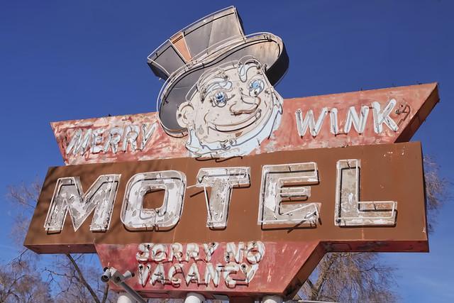 Merry Wink Motel