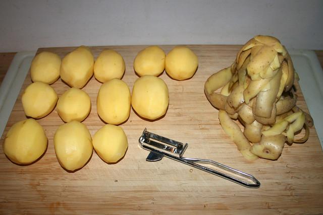 01 - Peel potatoes / Kartoffeln schälen