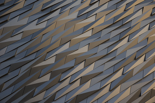 eosr6 sunset titanic belfast ulster ireland architecture building sunsetcanon gold