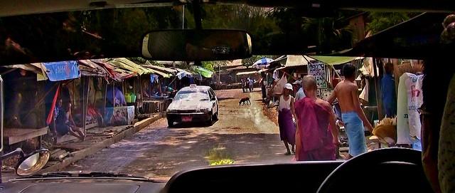 MYANMAR, Burma -Unterwegs in Yangon, Faht zum 1. Hotel, eine andere Welt,  78001/13001