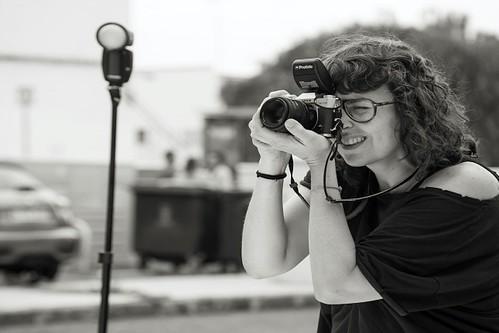 La fotógrafa y autora del libro, Sheila Melhem, durante la elaboración del trabajo