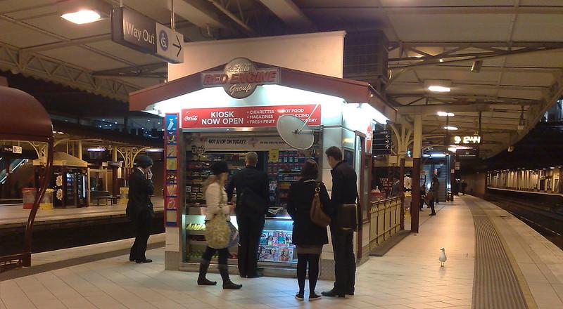 Red Engine Cafe at Flinders Street station, September 2010