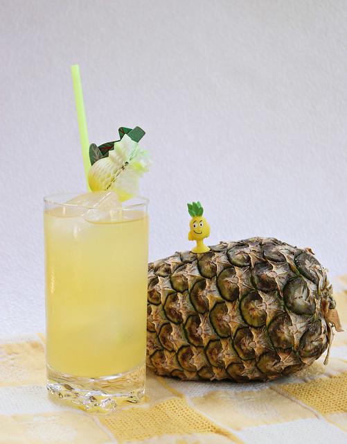 2020 Sydney: Pineapples