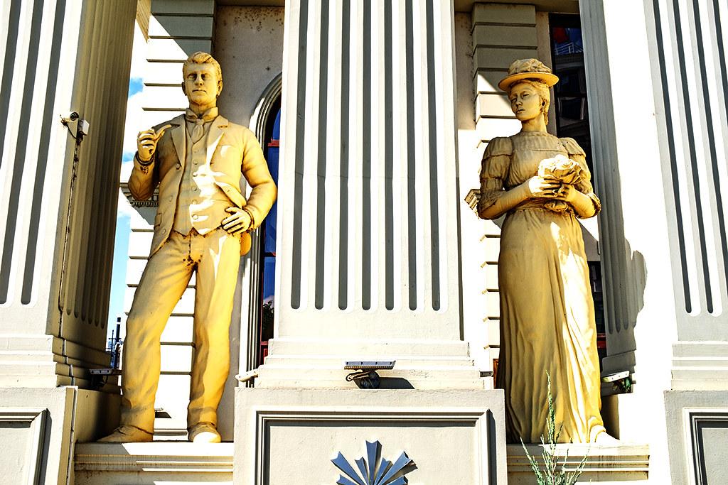 Statues between columns on 9-26-20--Skopje