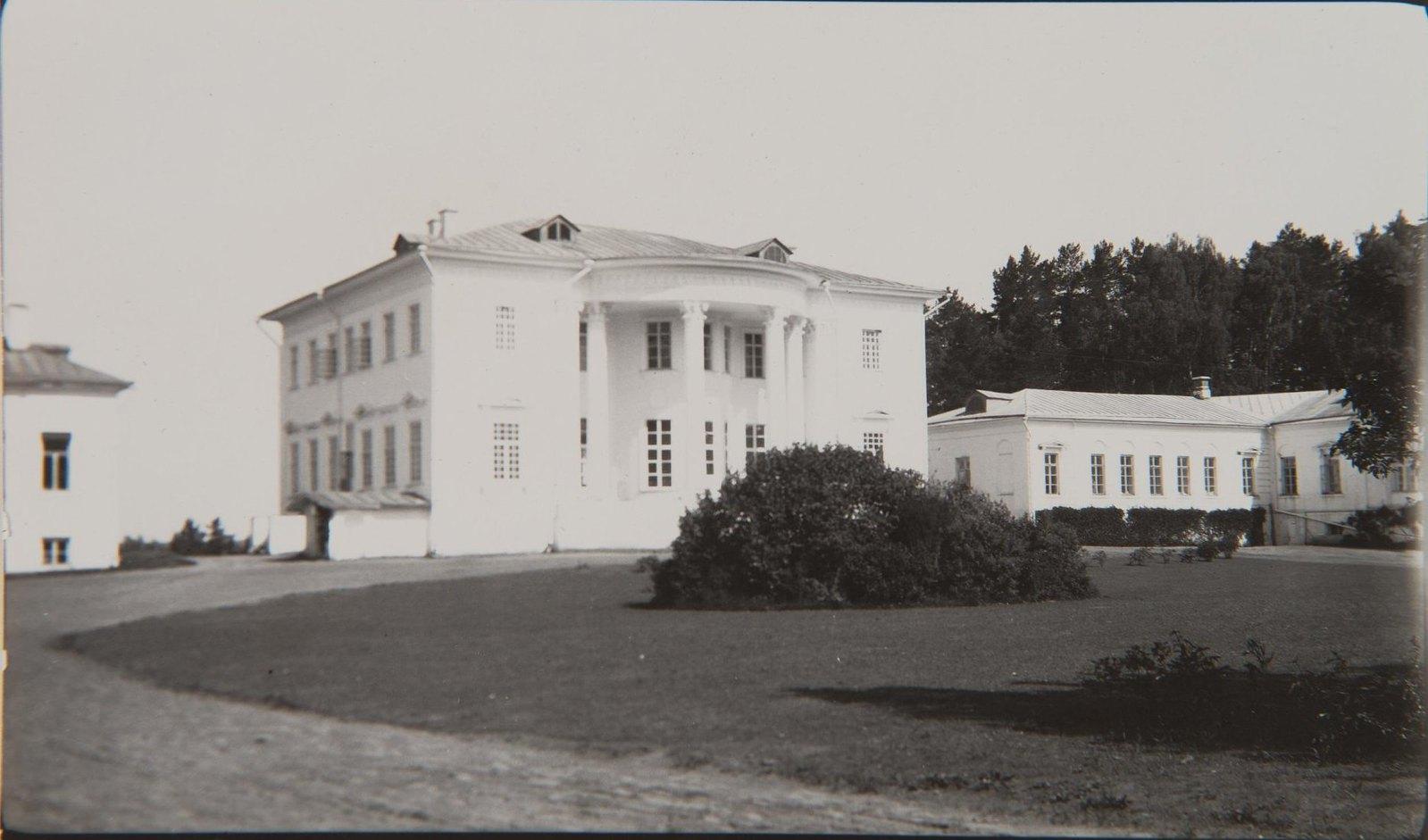 1911. Усадебный дом во Введенском.