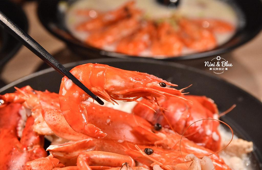台中海鮮粥 粥堂 龍蝦 螃蟹 蟹管肉 麻油雞 30