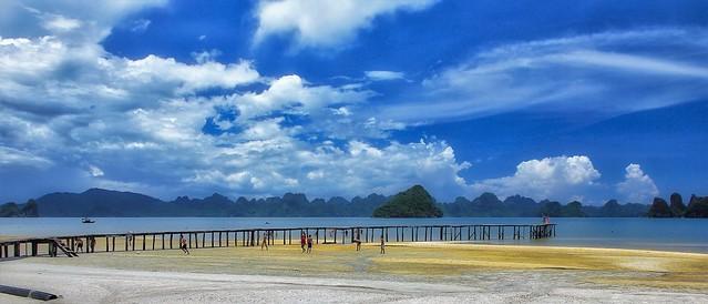Long Beach in Bai Tu Long Bay